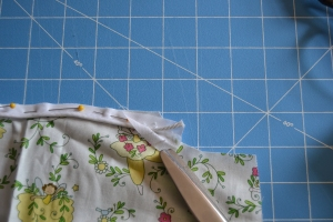 Remove the piping cord at the seam line